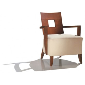 Nancy Robbins Savoy Chair