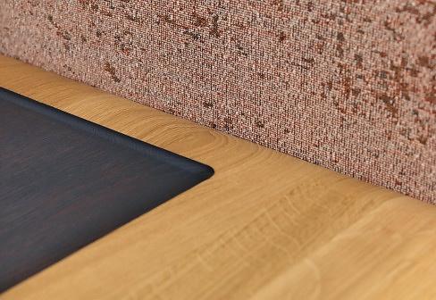 Formstelle Side Comfort Table