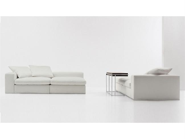 Kemistry Of Style Zar Sofa