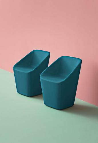 Manuela Busetti, Andrea Garuti, Matteo Redaelli Log Chair