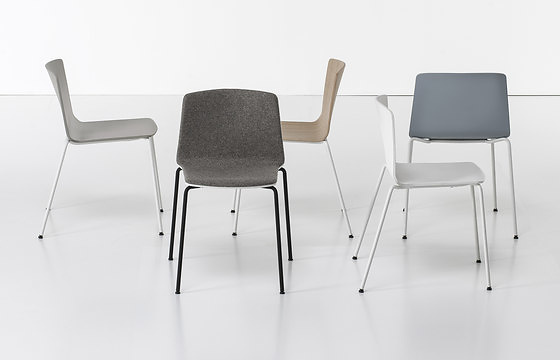 Ramos Bassols Rama Chair