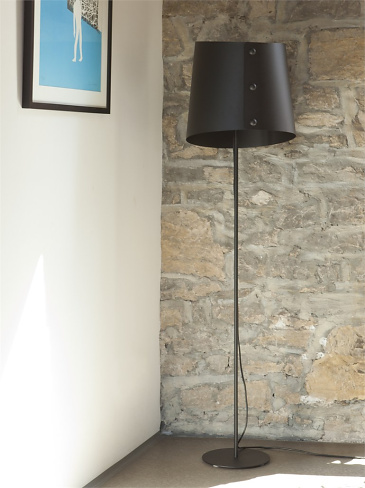Studio Taschide Button Down Floor Lamp