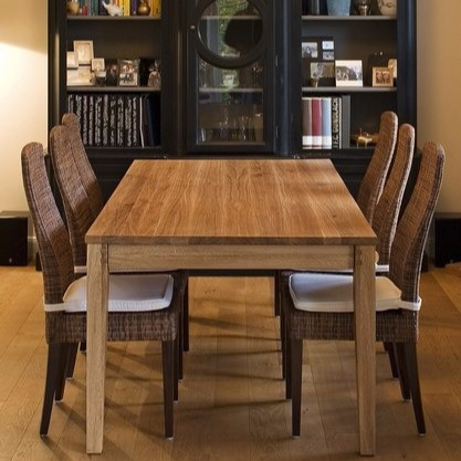 Andreas Janson Sandra Dinning Table