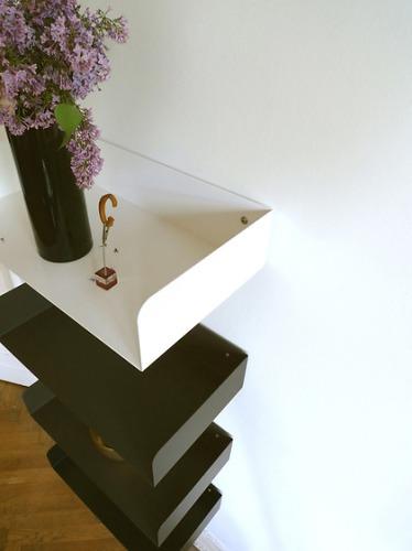 Atelier Haußmann Poggibonsi Shelf