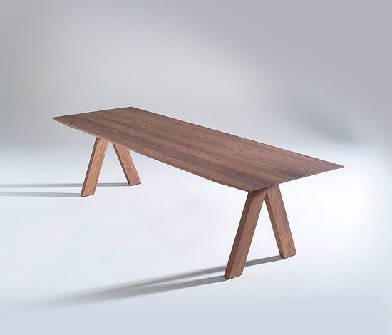Burkhard Vogtherr Lance Table
