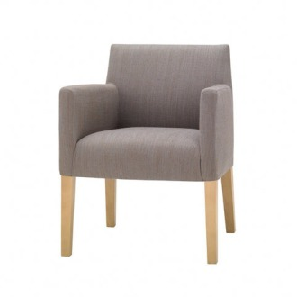 Estudio Andreu Anna Easy Lounge Chair