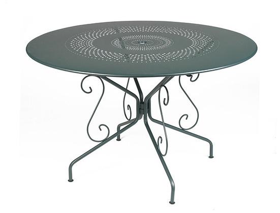 fermob montmartre table. Black Bedroom Furniture Sets. Home Design Ideas