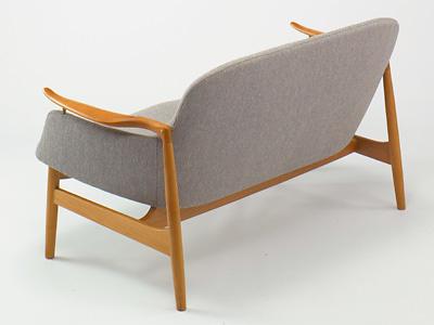 Finn Juhl FJ-02 Sofa