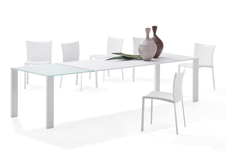 Georg Appeltshauser 1420 Madison Table