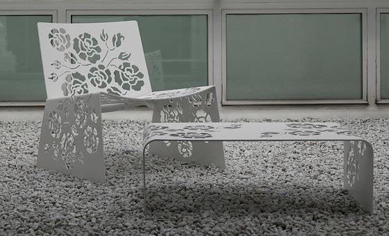 Gianluigi Landoni Roses 1450 Table