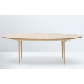 Hans J. Wegner CH339 Table
