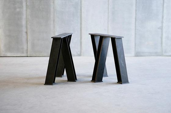 Heerenhuis Vir Table