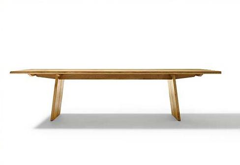 Jacob Strobel Nox Table
