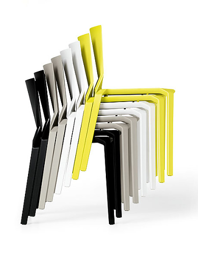 Luca Pevere Plana Outdoor Chair
