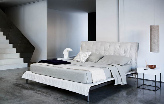 Ludovica and Roberto Palomba Moon Bed