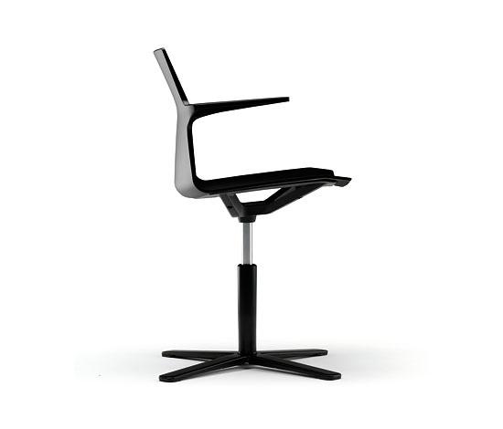 Mario Ruíz Trazo Chair