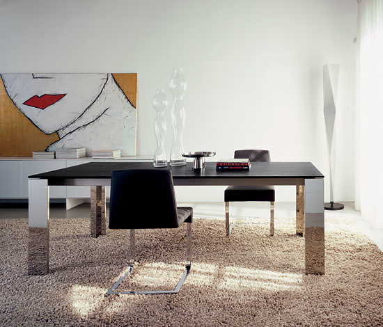 Mauro Lipparini Kudo Table