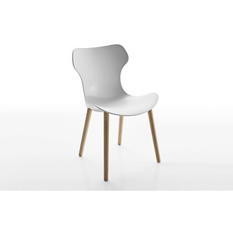 Naoto Fukasawa Papilio Shell Chair With Wooden Legs