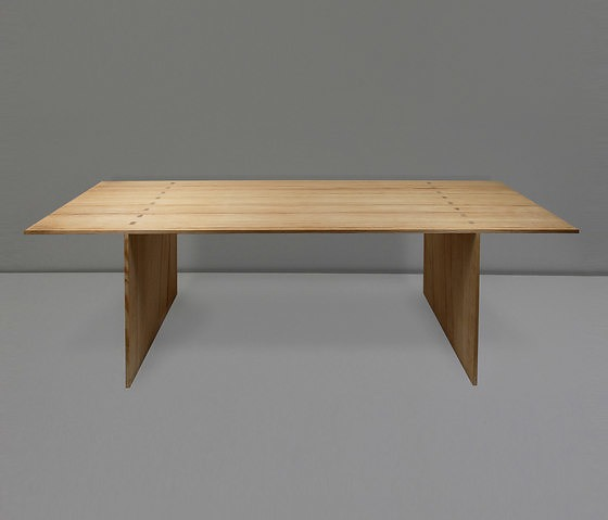 Nikolaus Bienefeld Möbel Dining Table