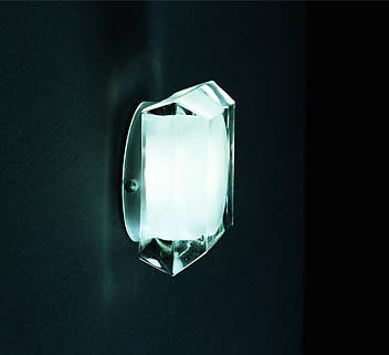 Oluce Diamond Lamp
