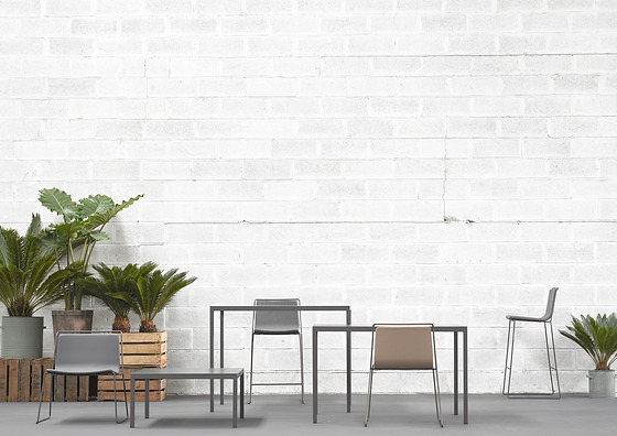 ONDARRETA Dry Table Collection