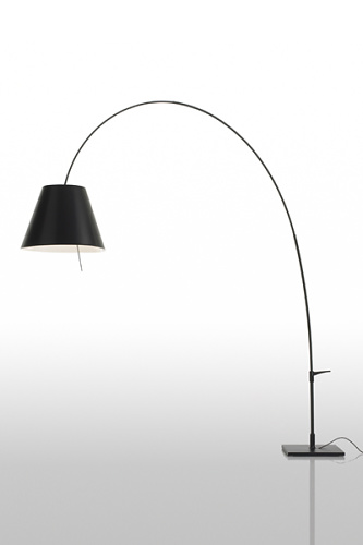 Paolo Rizzatto Lady Costanza Lamp
