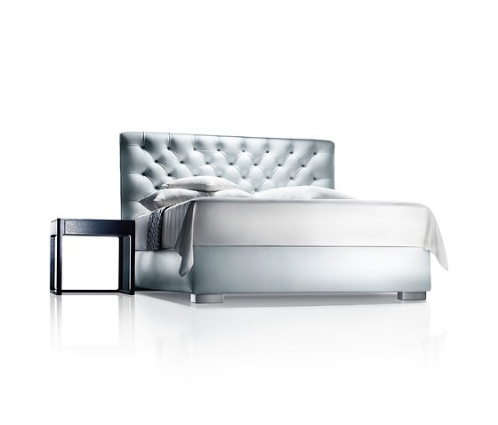 Paolo Piva and Soda Designers Somnus Bed