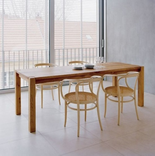 Philipp Mainzer Ta05 Madame Lillie Table