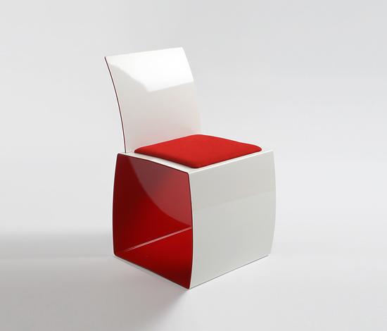 Richard Ábedu Kiitos Chair