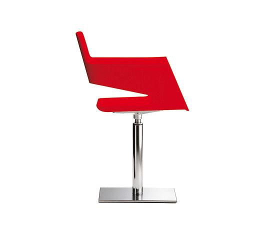 Robby Cantarutti and Francesca Petricich B 32 Chair
