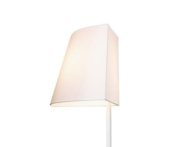 Roberto Cárdenas Corner Lamp