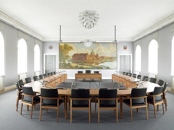 Rud Thygesen and Johnny Sørensen Mix Modesty Panel Table