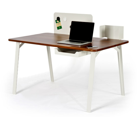Samuel Wilkinson Mantis Desk