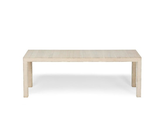 Studio Parade Fem Table