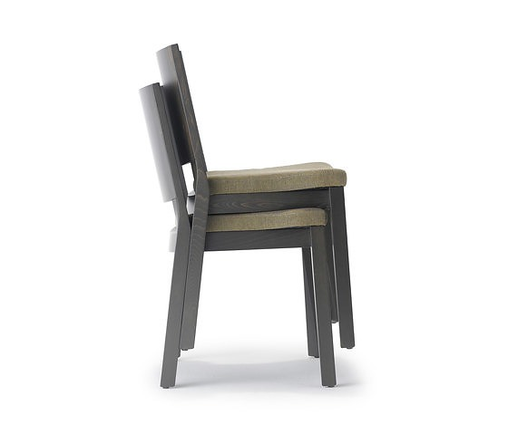 Studio Tipi Swami Chair